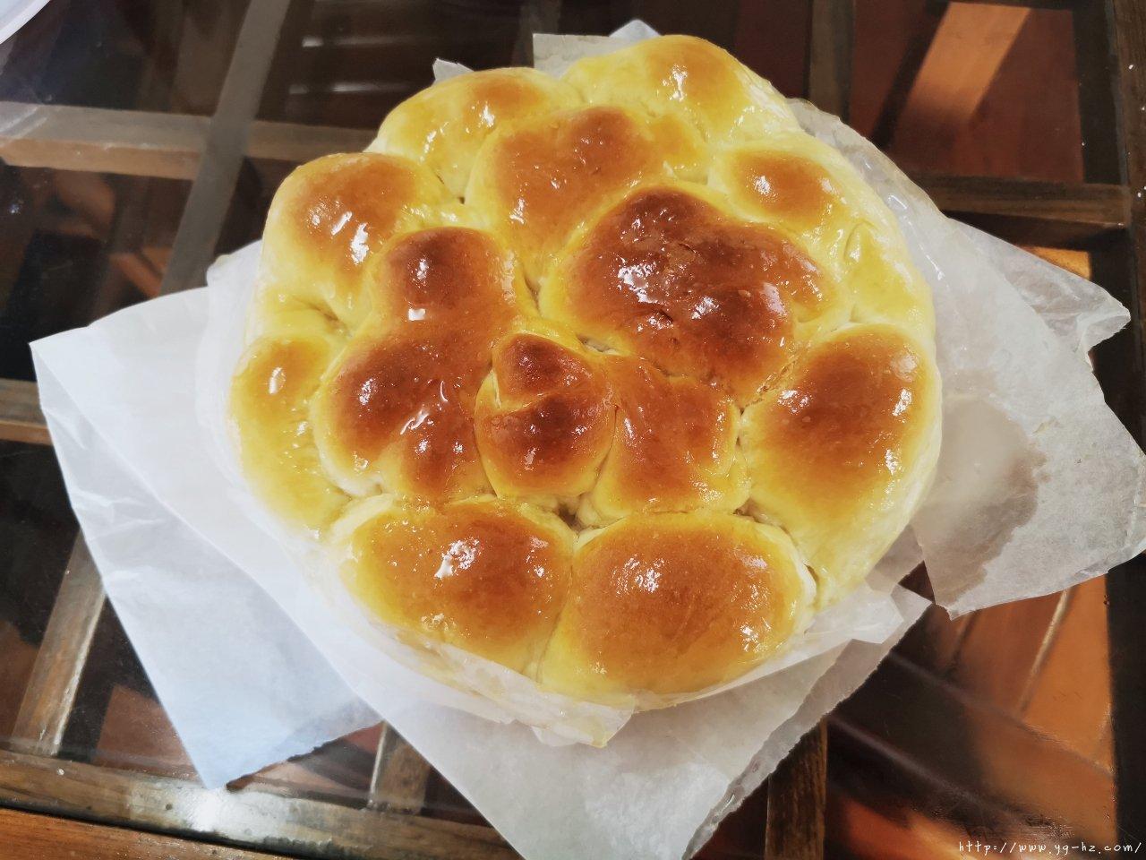 柔软蜂蜜小餐包(水合法.手揉不失手版)的做法 步骤10