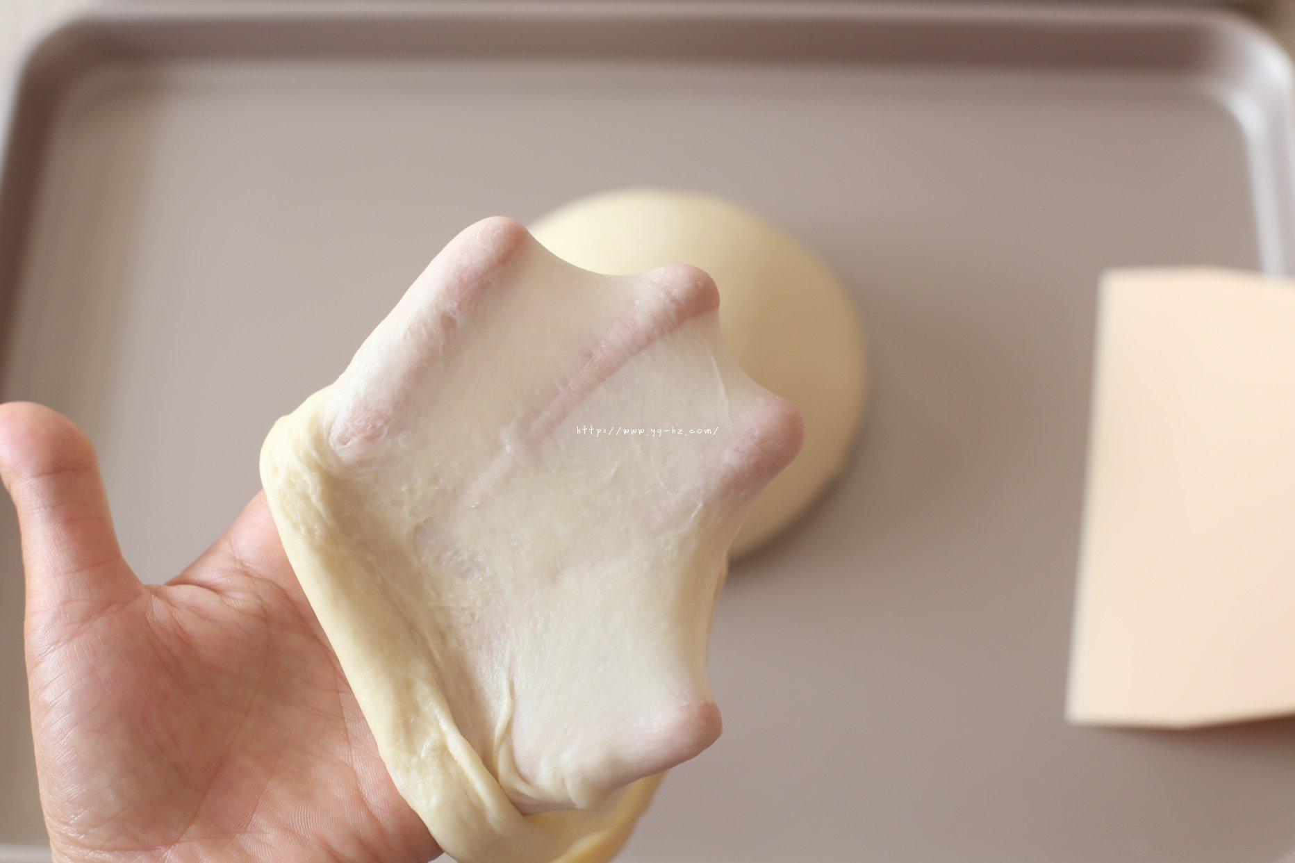 无敌好吃的蛋黄肉松吐司的做法 步骤2