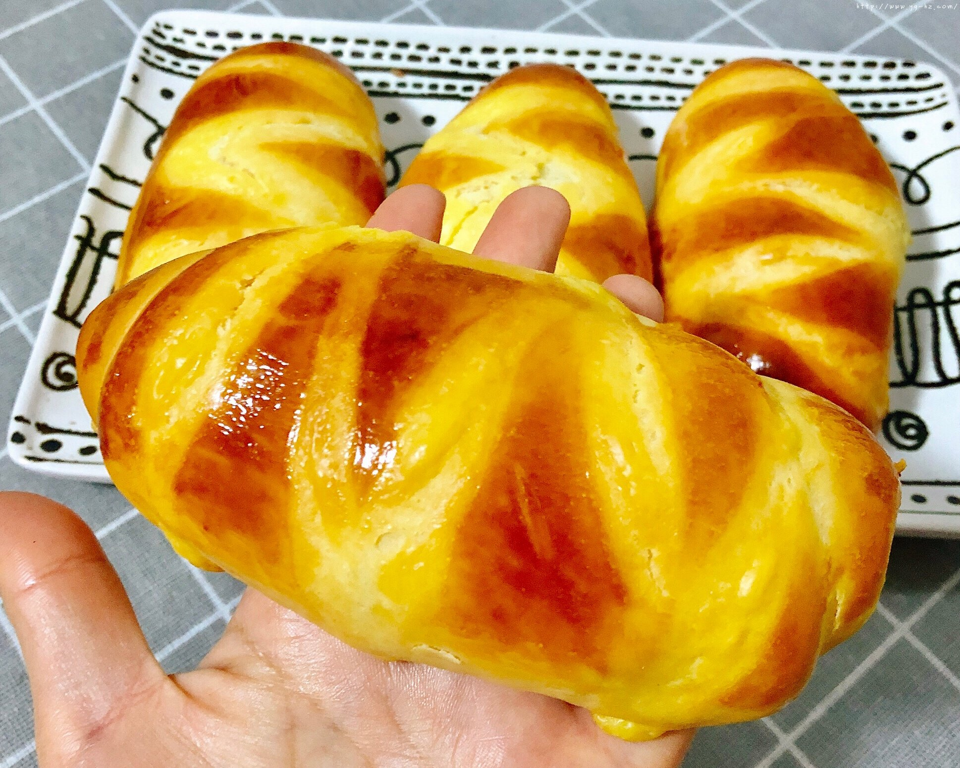 香甜软绵的卡士达夹心面包(后酵母法)的做法 步骤17