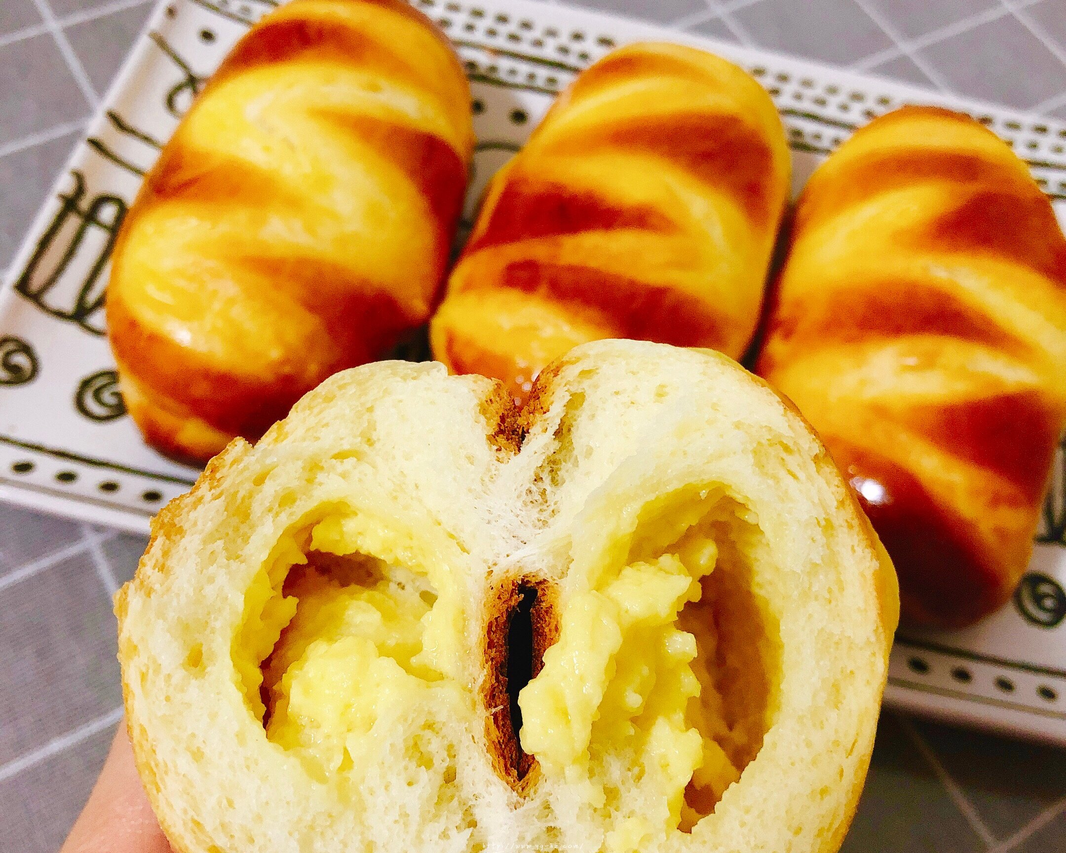 香甜软绵的卡士达夹心面包(后酵母法)的做法 步骤19