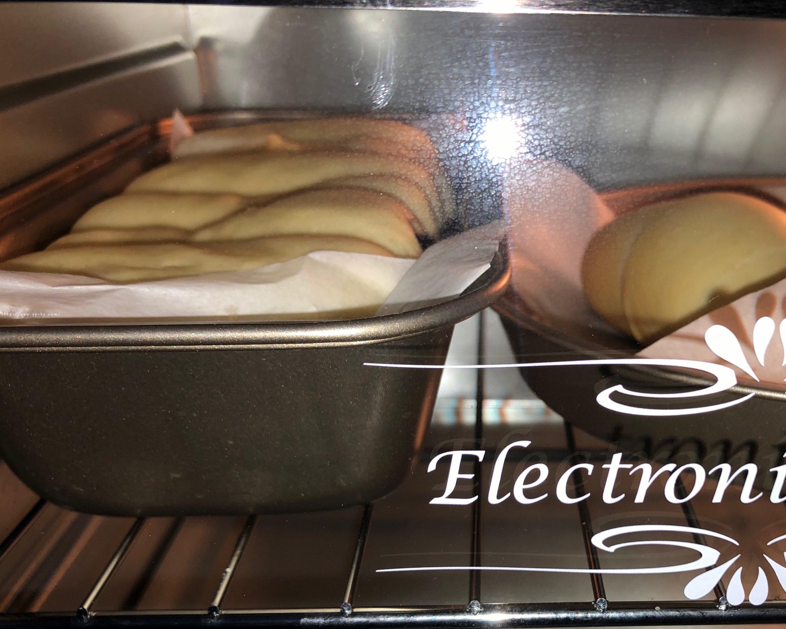不用揉出膜的松软红豆面包的做法 步骤15