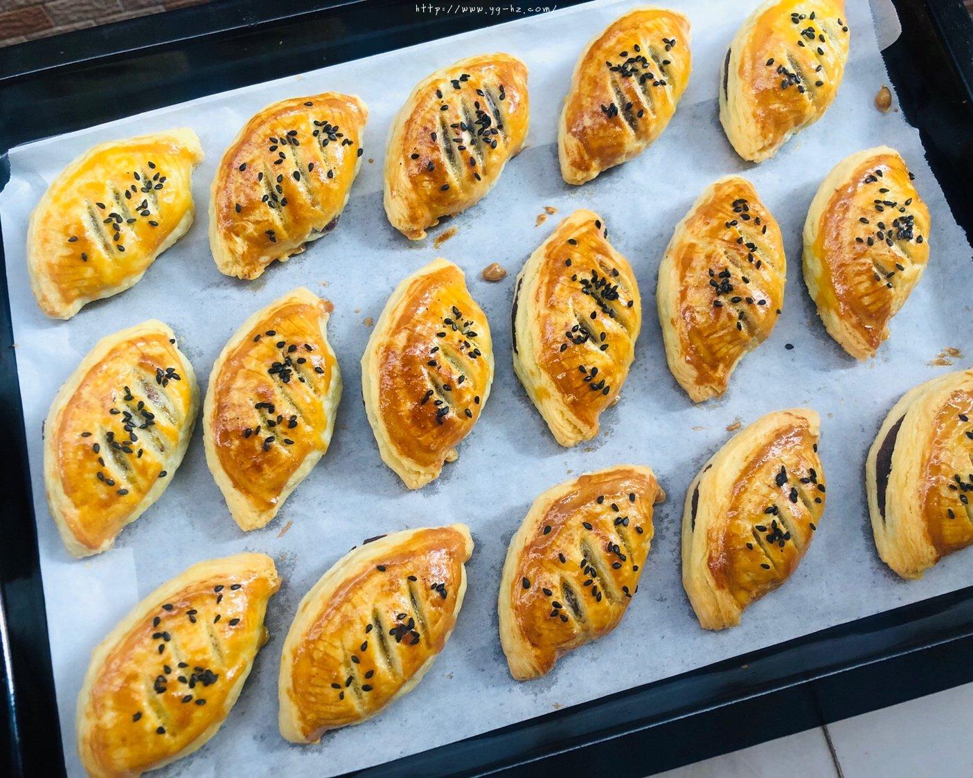蛋挞皮版红豆酥的做法