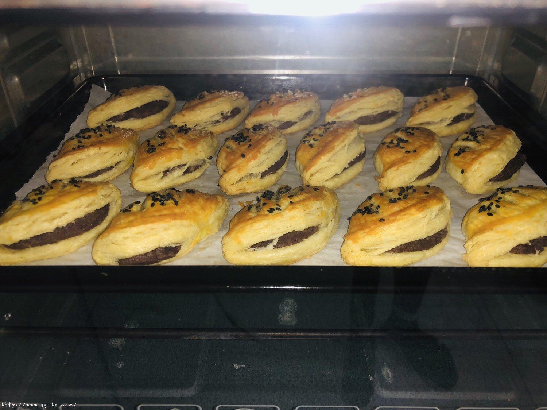蛋挞皮版红豆酥的做法 步骤10