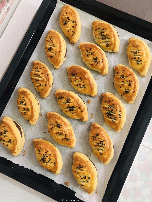蛋挞皮版红豆酥的做法 步骤11
