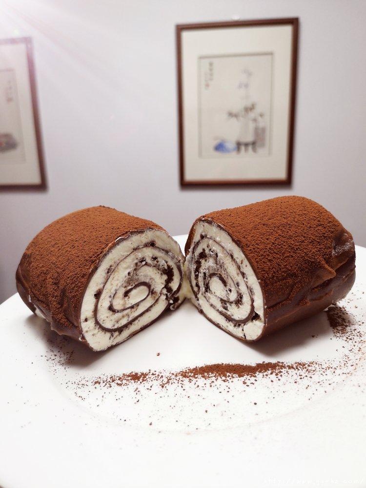 简单的千层卷,好吃到爆的巧克力毛巾卷,让烤箱休假的巧克力卷的做法 步骤11