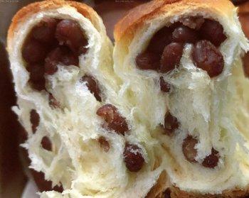 不用揉出膜的松软红豆面包的做法步骤图