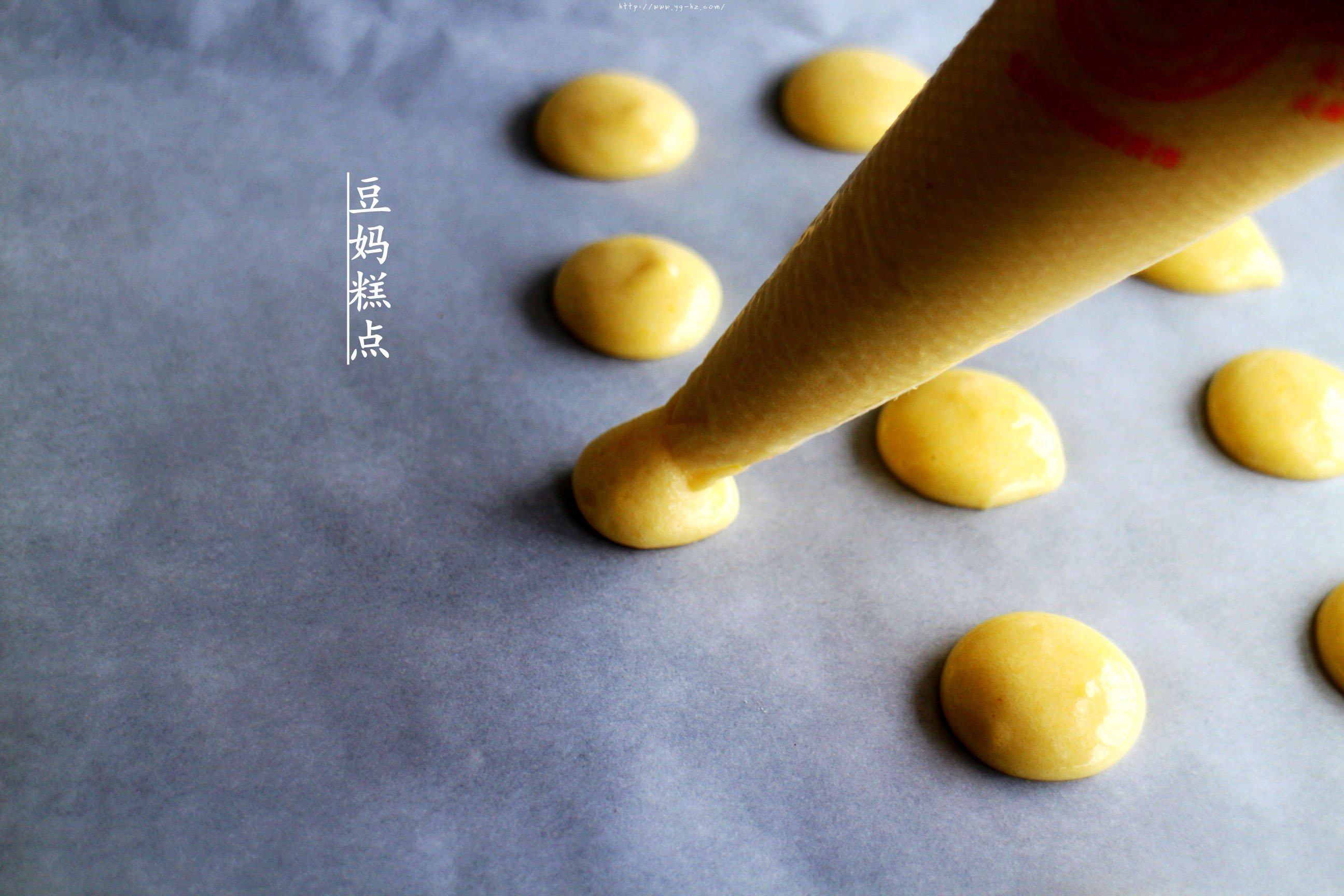 鸡蛋小饼干,又香又酥,比买的还好吃的做法 步骤9