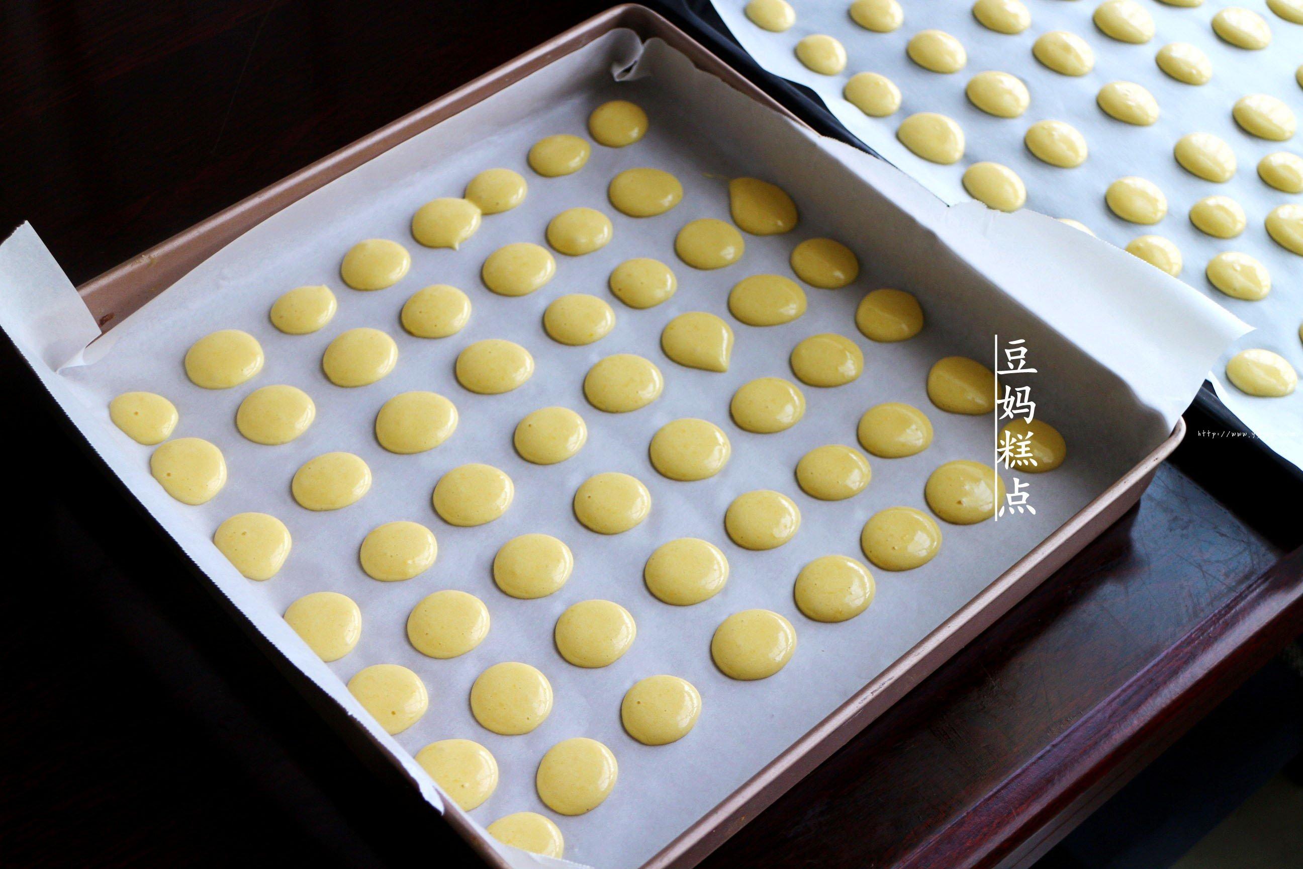 鸡蛋小饼干,又香又酥,比买的还好吃的做法 步骤10