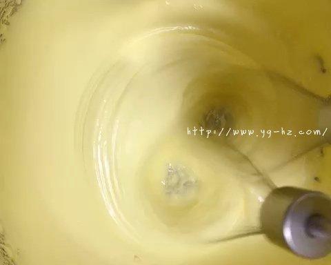 超详细版-果蔬蛋黄溶豆-无糖无淀粉的做法 步骤9
