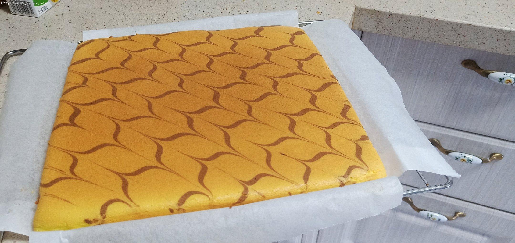 拉花蛋糕卷(特详细)的做法 步骤12