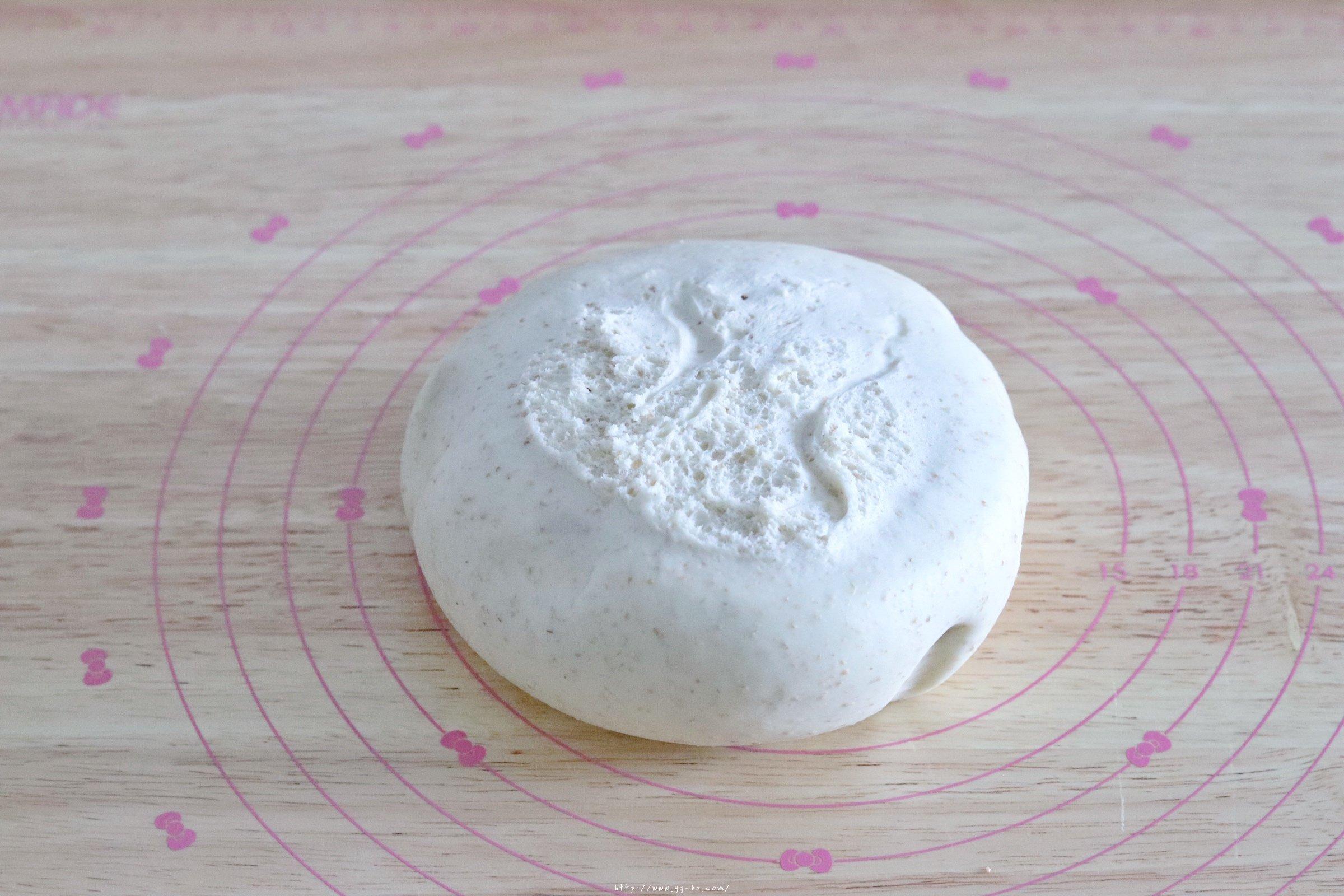 日式樱花红豆包的做法 步骤10