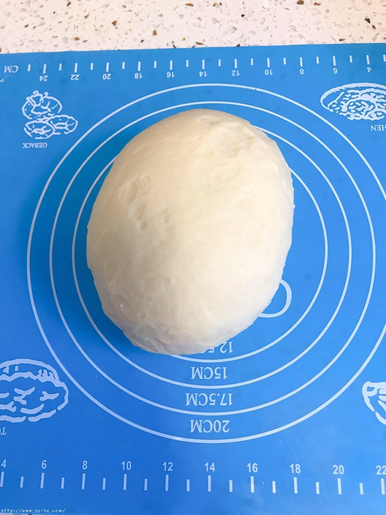 超松软手揉牛角面包的做法 步骤5