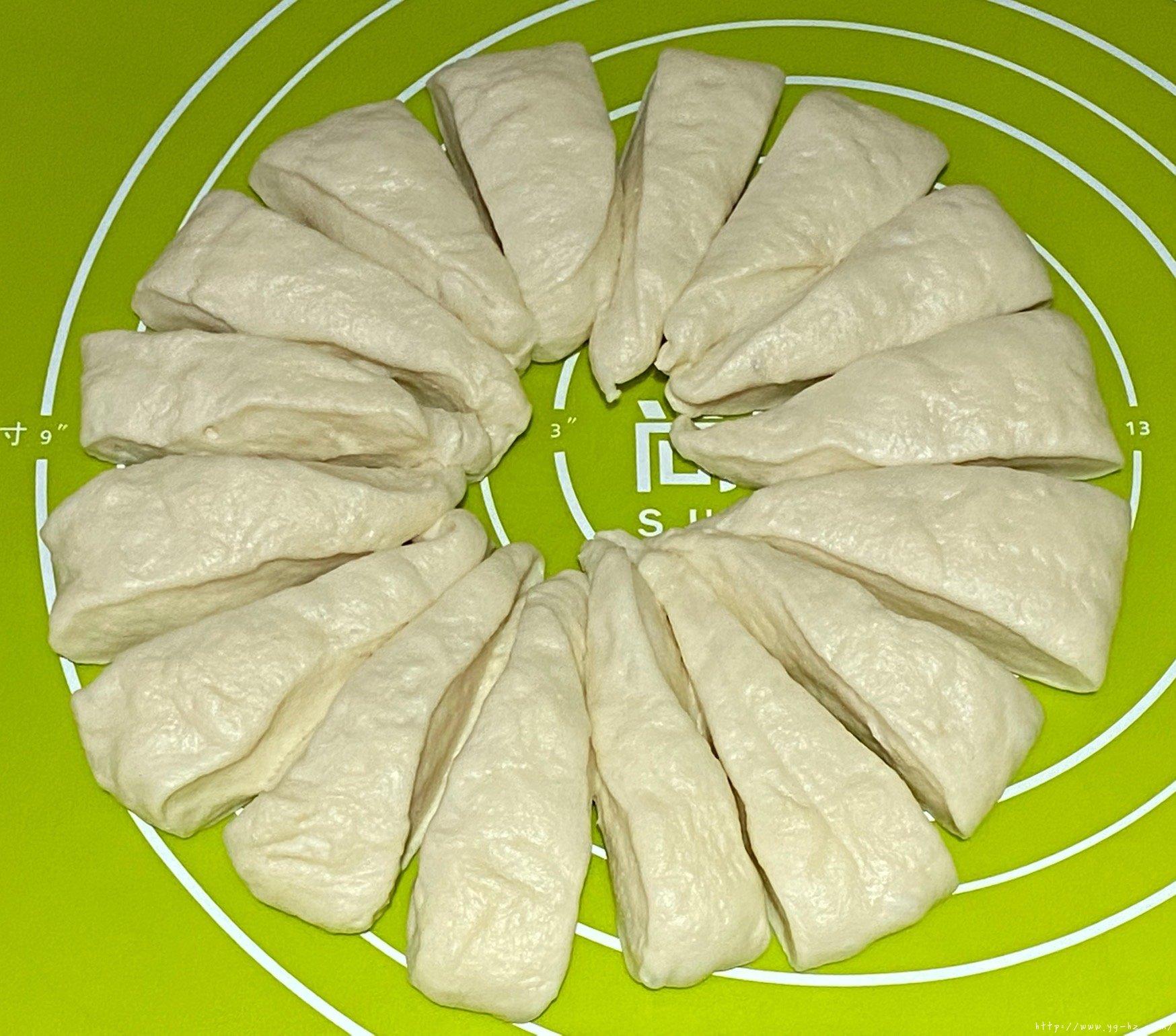 香软牛奶包的做法 步骤4