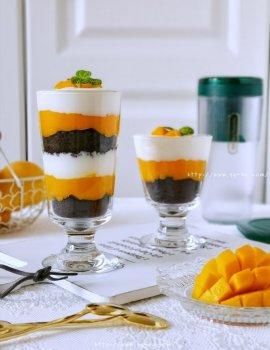 芒果酸奶奥利奥的做法步