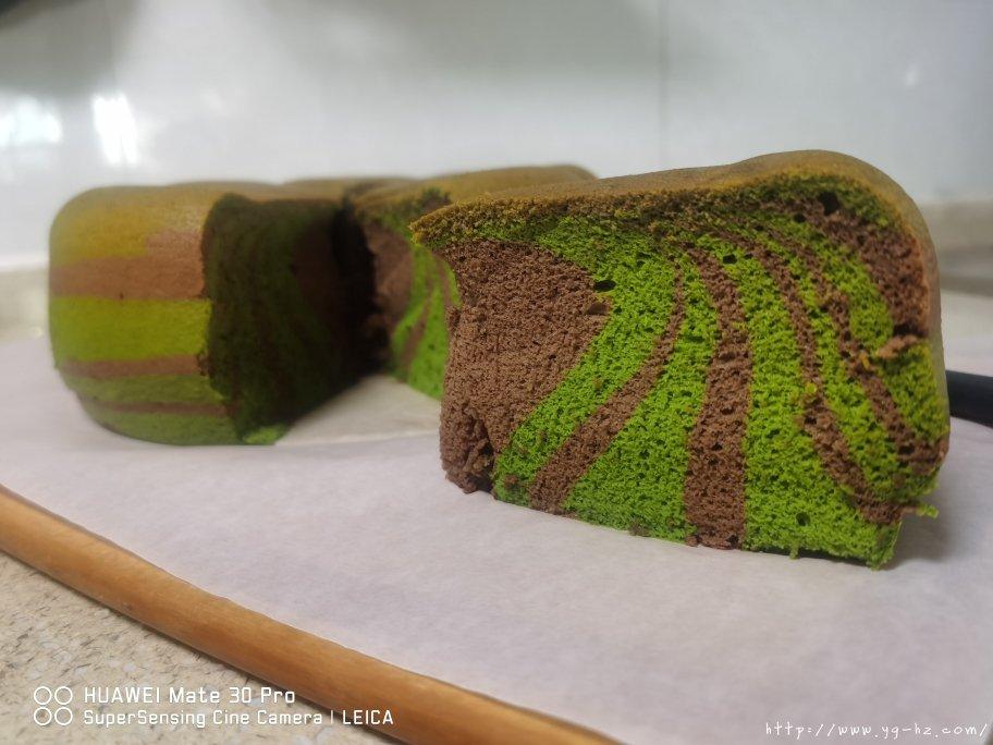 电饭锅版抹茶酸奶双色斑马纹戚风蛋糕的做法 步骤18
