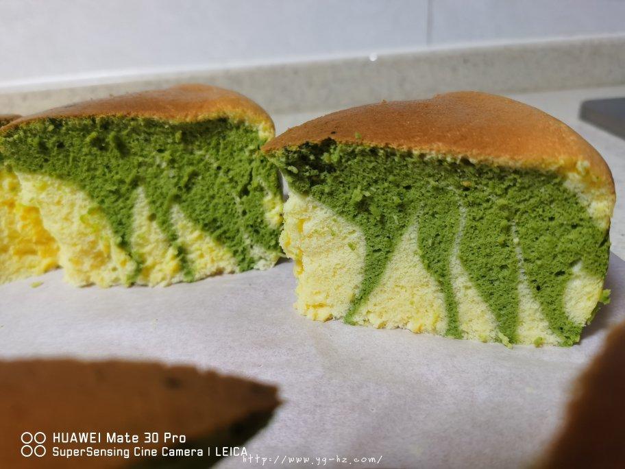 电饭锅版抹茶酸奶双色斑马纹戚风蛋糕的做法 步骤14