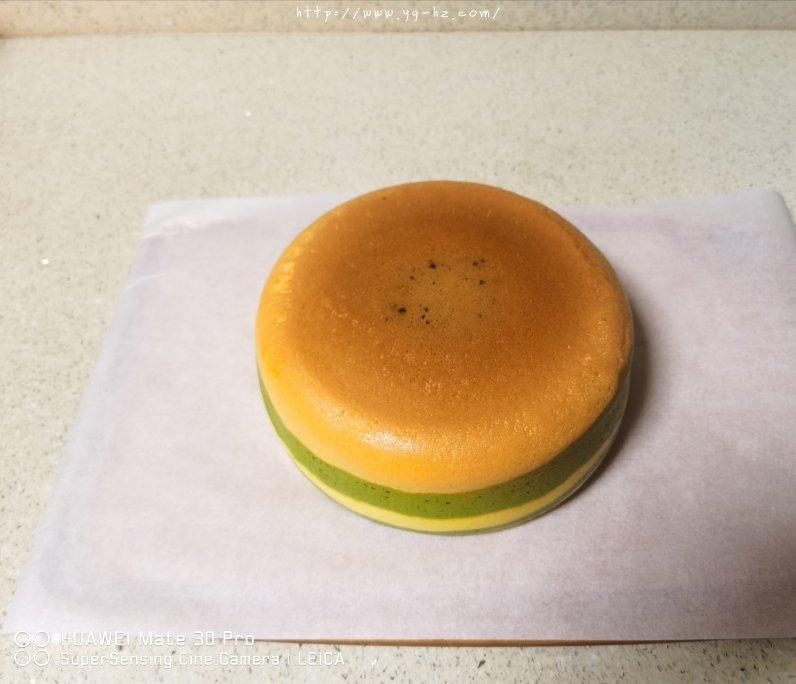 电饭锅版抹茶酸奶双色斑马纹戚风蛋糕的做法 步骤11