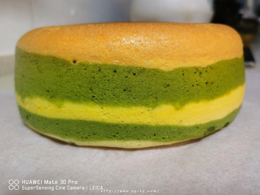 电饭锅版抹茶酸奶双色斑马纹戚风蛋糕的做法 步骤12