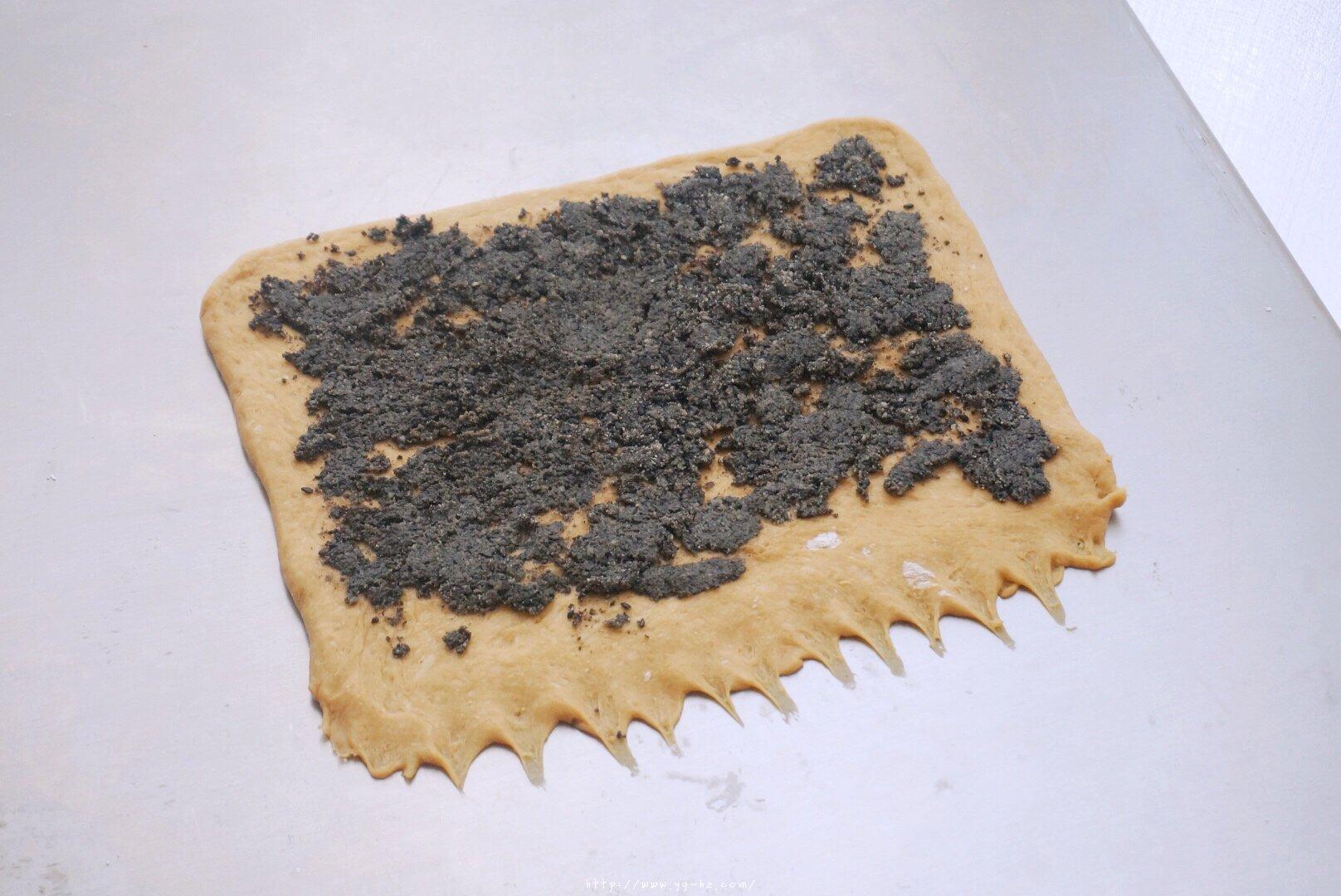 养生黑芝麻红糖全麦fafa软欧面包(波兰种)的做法 步骤13