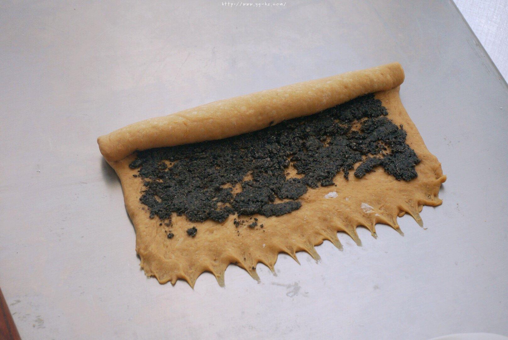 养生黑芝麻红糖全麦fafa软欧面包(波兰种)的做法 步骤14