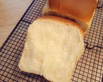 超柔软的面包配方,只需要掌握好它,就可以千变万化的做法步骤图