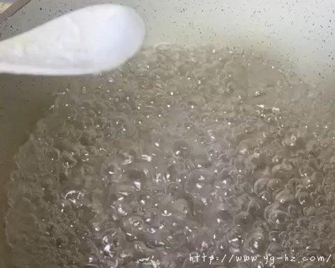 最最最好吃的咸蛋黄焗南瓜的做法 步骤2