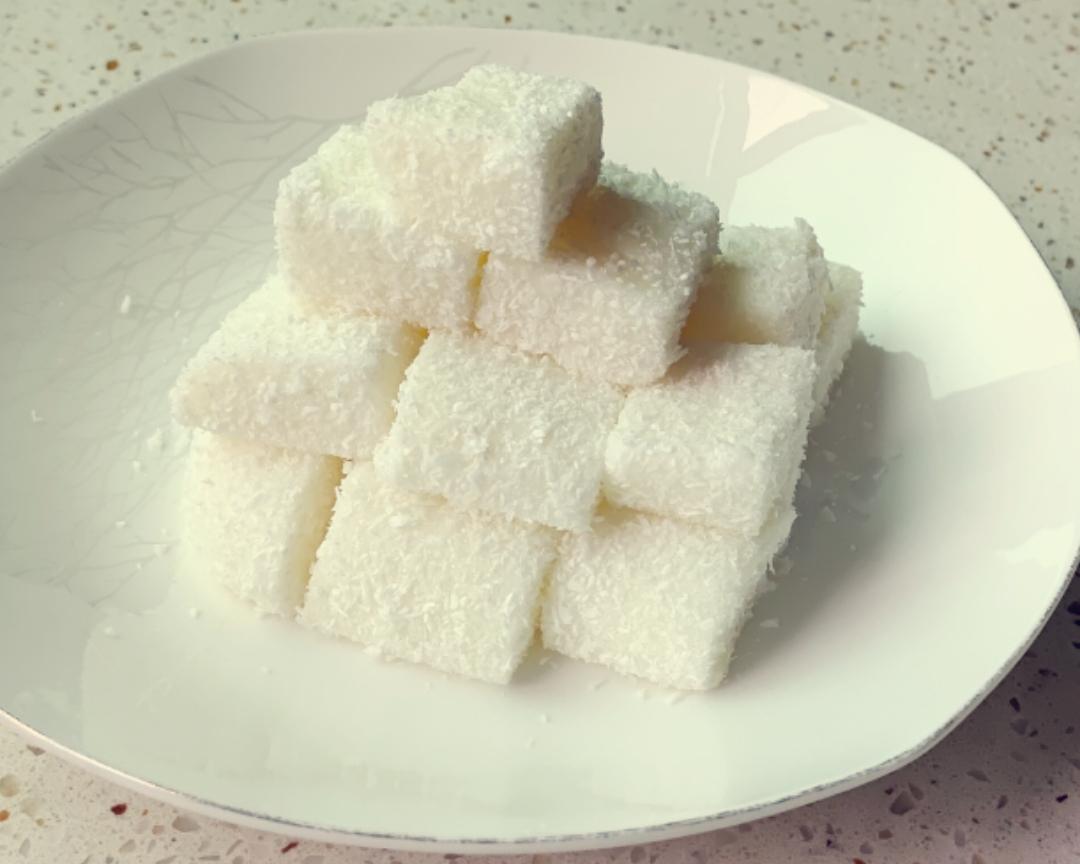 超快手的牛奶椰蓉小方的做法