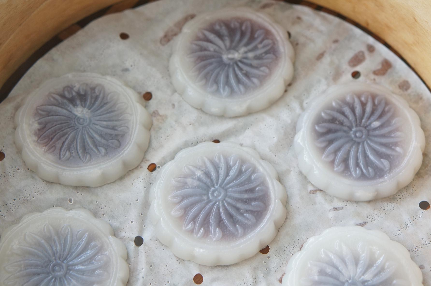 广东经典点心-豆沙水晶饼的做法 步骤5
