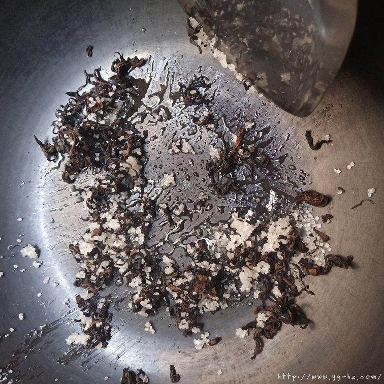自制焦糖奶茶零失败的做法 步骤4
