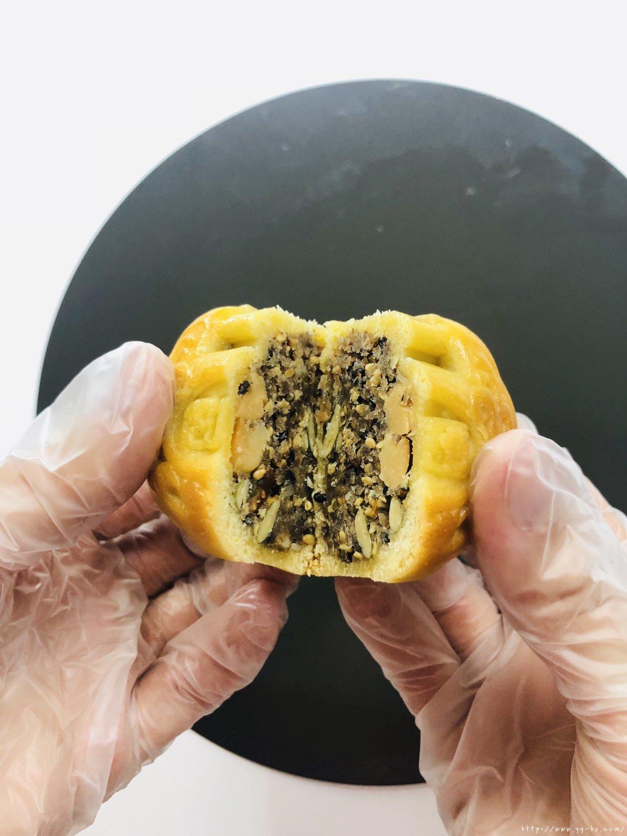 万用饼皮~延展性极好的广式月饼皮,各种花纹无压力的做法 步骤34