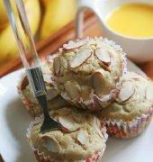 杏仁香蕉玛芬蛋糕的做法