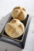 白芝麻面包的做法