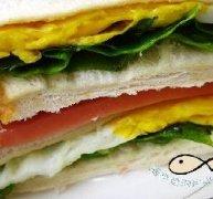 鸡蛋火腿肠三明治的做法